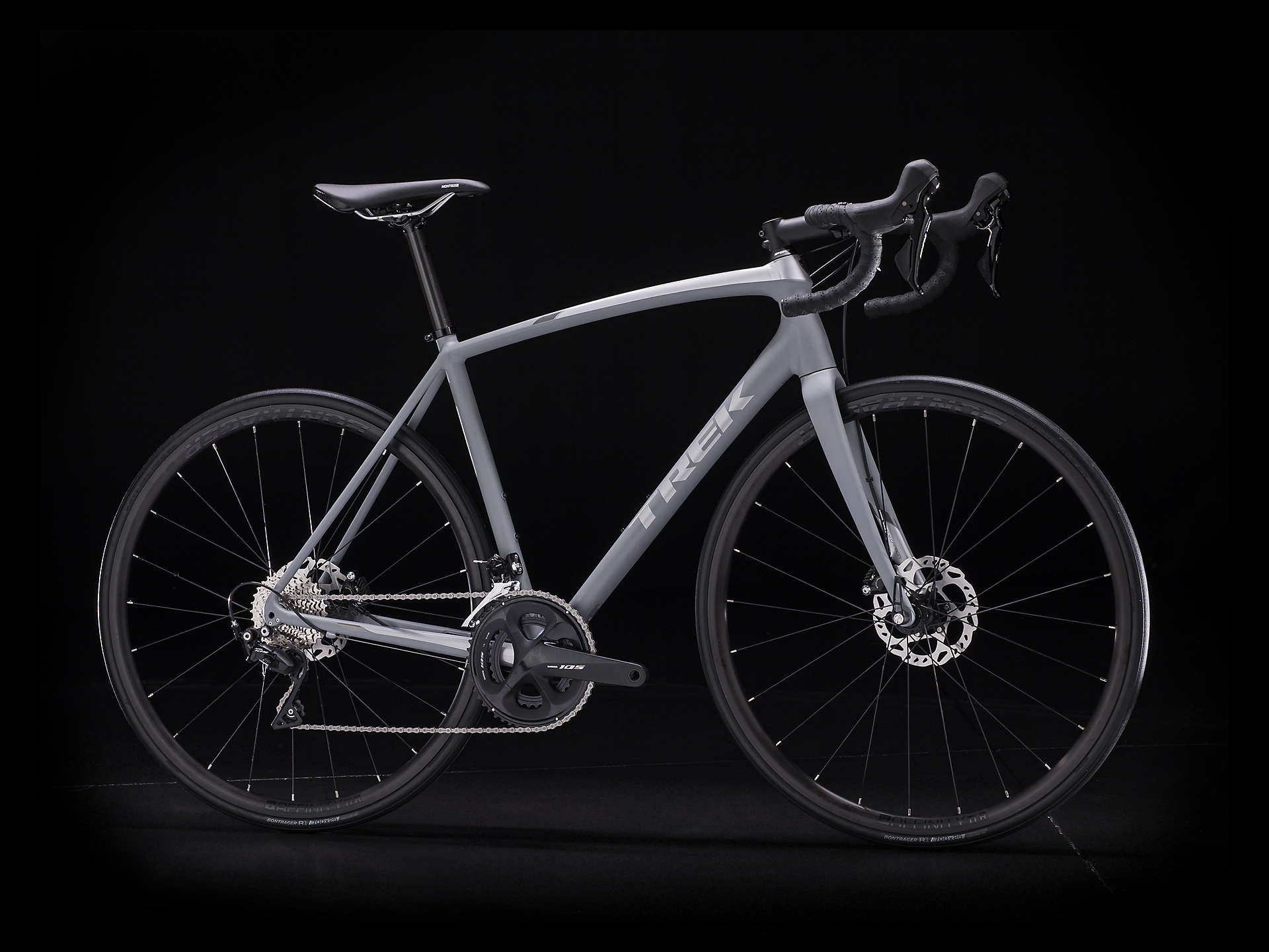 5bc609cdd82 The 2019 Trek Émonda ALR 5 Disc is a race-ready aluminium road bike with a  full Shimano 105 groupset including 105 hydraulic disc brakes and tubeless  ready ...
